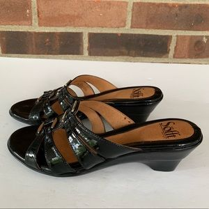 Like new Sofft black leather slip on sandals